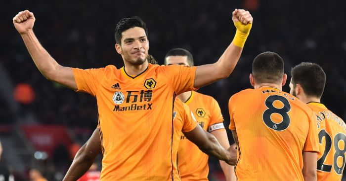 Raul.Jimenez - Pundit says Man Utd mistakenly bought Cavani instead of £40m man