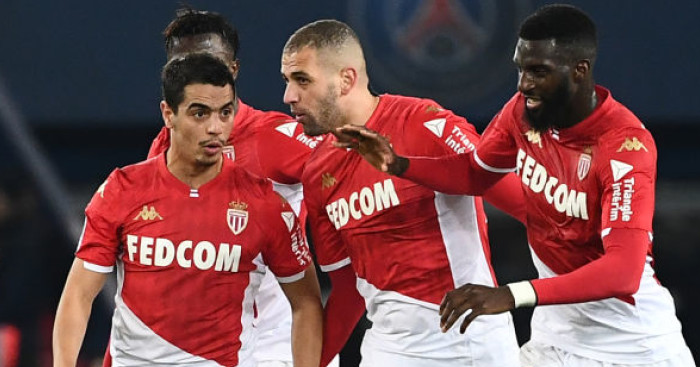 Islam.Slimani - Euro Paper Talk: Man Utd make massive, nine-figure striker offer, Leeds chase left-back; Liverpool defender returns