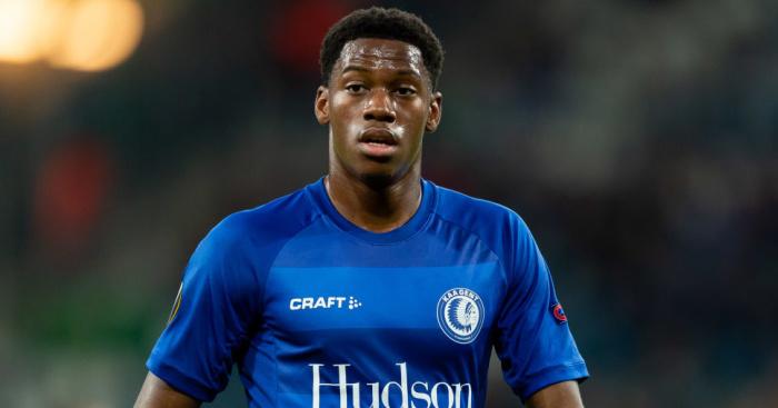 Leeds given cold shoulder by striker as transfer preference is revealed