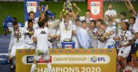 Leeds-United-trophy-1