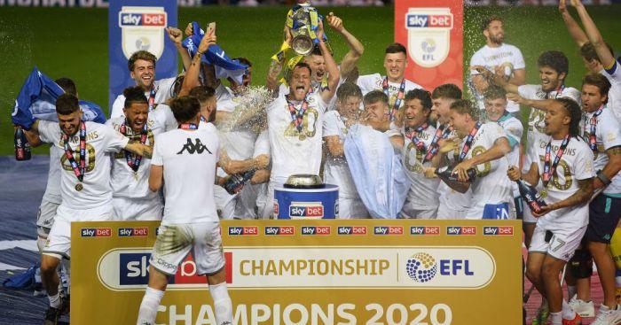 Leeds-United-trophy-1