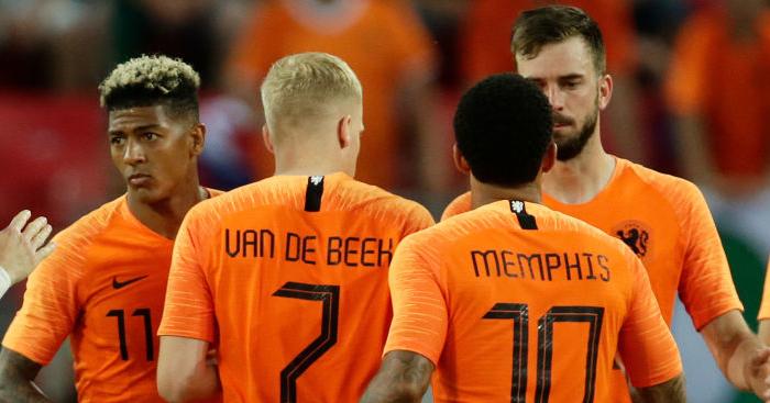 Euro Paper Talk Man Utd Set Van De Beek Deadline Depay Return Touted