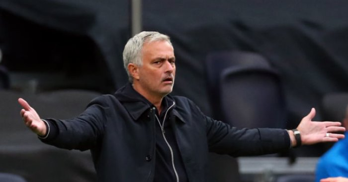 Mourinho hits back at 'Spursy' tag; explains Rose situation at Tottenham - team talk