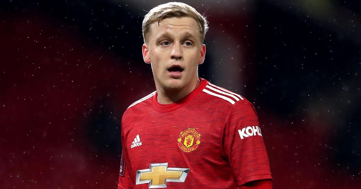 Donny Van De Beek Man Utd midfielder