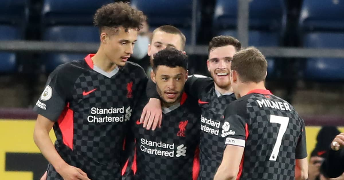 Rhys Williams, Nat Phillips, Alex Oxlade-Chamberlain, Andrew Robertson and JamesMilner celebrating a Liverpool goal, May 2021
