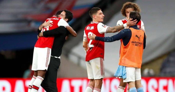 Ainsley Maitland-Niles, Mikel Arteta, Hector Bellerin Arsenal v Man City July 2020