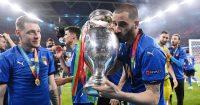 Leonardo Bonucci celebrates Italy v England Euro 2020