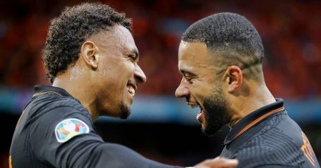 Donyell Malen celebrating with Memphis Depay, Netherlands, 2021