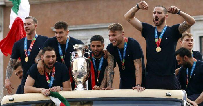 Federico Bernardeschi , Gianluigi Donnarumma , Giovanni Di Lorenzo , Lorenzo Insigne , Ciro Immobile , Leonardo Bonucci, Italy Euro 2020 winners