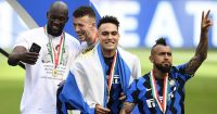 Lukaku, Perisic, Lautaro Martinez, Vidal, Inter Milan Serie A celebration, 2021