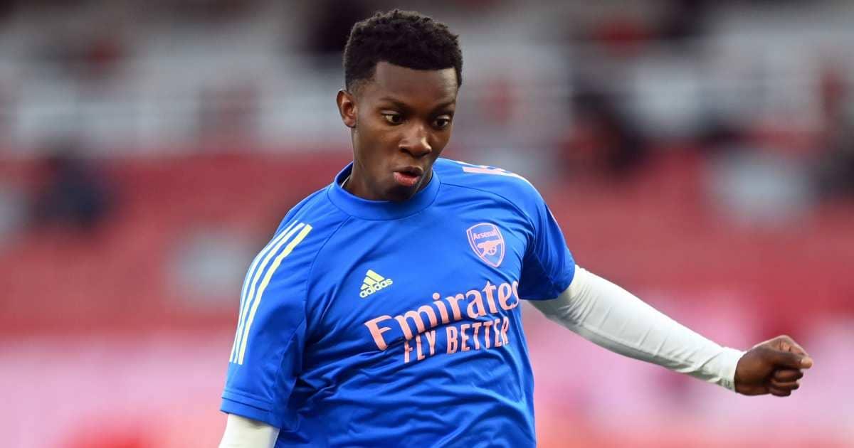 Eddie Nketiah warming up for Arsenal in April 2021