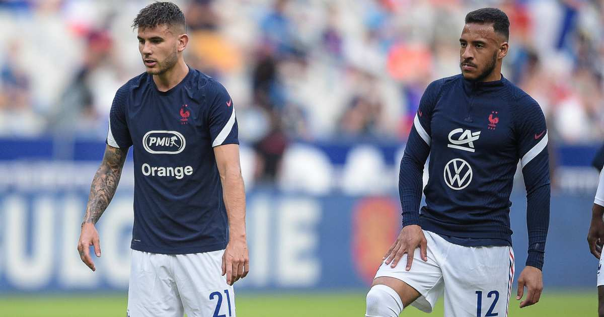 Lucas Hernandez and Corentin Tolisso in France warm up