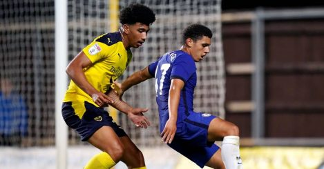 Oxford United's Nico Jones, Chelsea's Henry Lawrence