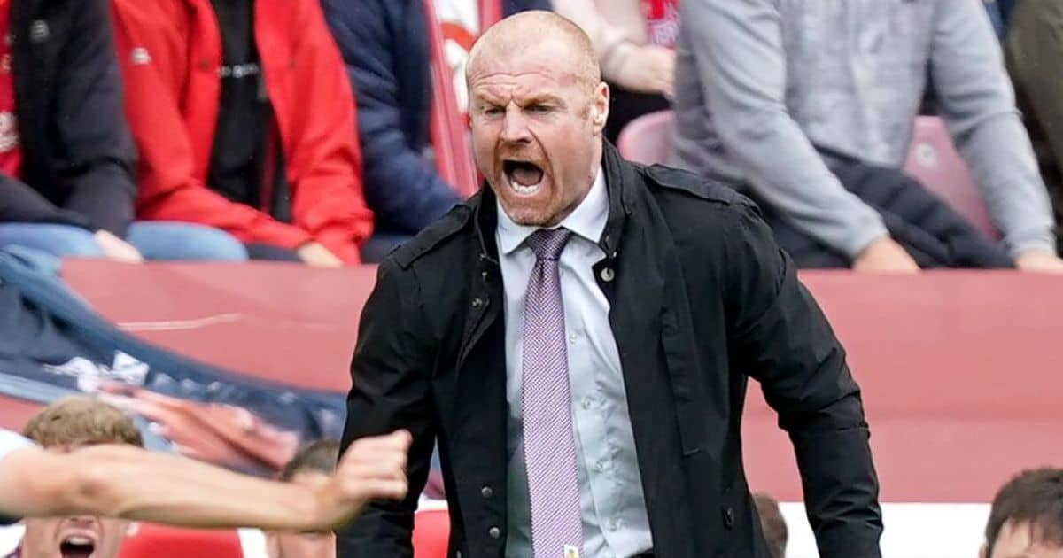Sean Dyche shouting on touchline during Liverpool v Burnley