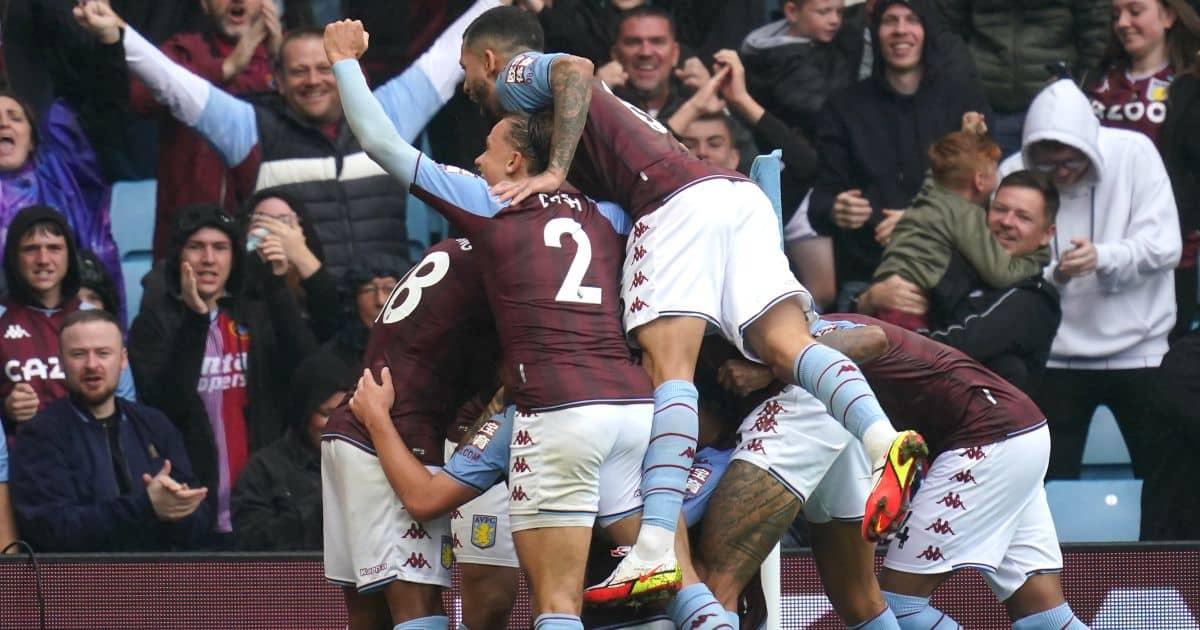 Danny.Ings_.Aston_.Villa_.players.celebrate.goal_.2021.TEAMtalk1