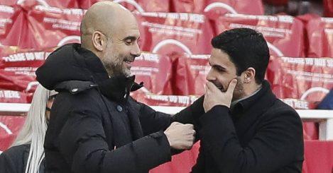 Pep Guardiola talking to Mikel Arteta on the touchline