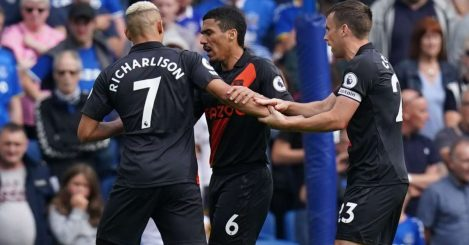 Richarlison argues with his Everton teammates about taking the penalty against Brighton, August 2021