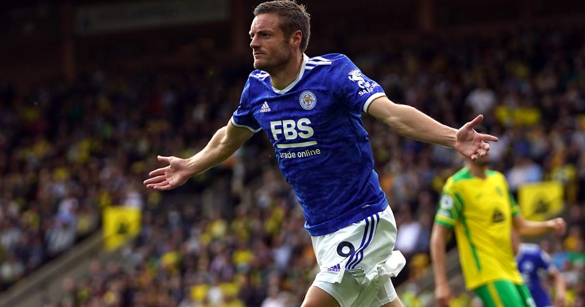 Jamie Vardy celebrates after scoring for Leicester against Norwich, August 2021