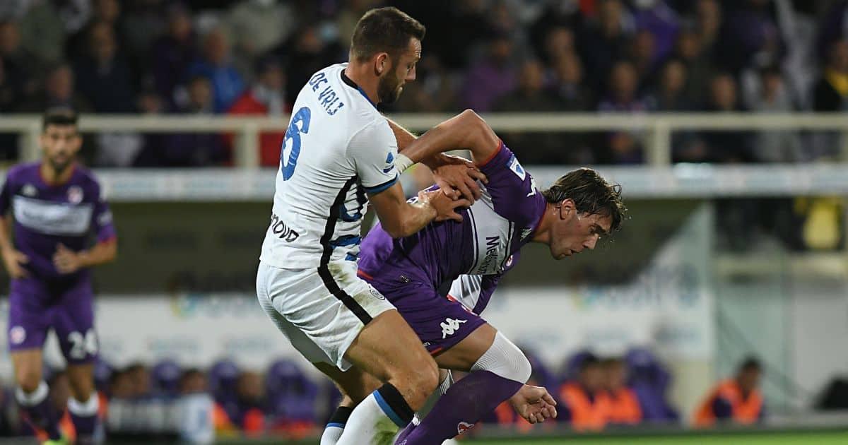 Fiorentina's Dusan Vlahovic and Inter's Stefan de Vrij