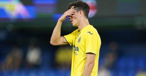 Pau Torres Villarreal hands on his head September 2021