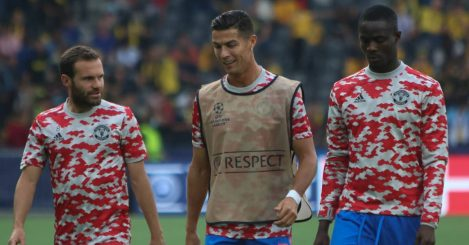Man Utd trio Juan Mata, Cristiano Ronaldo and Eric Bailly warming up 2021