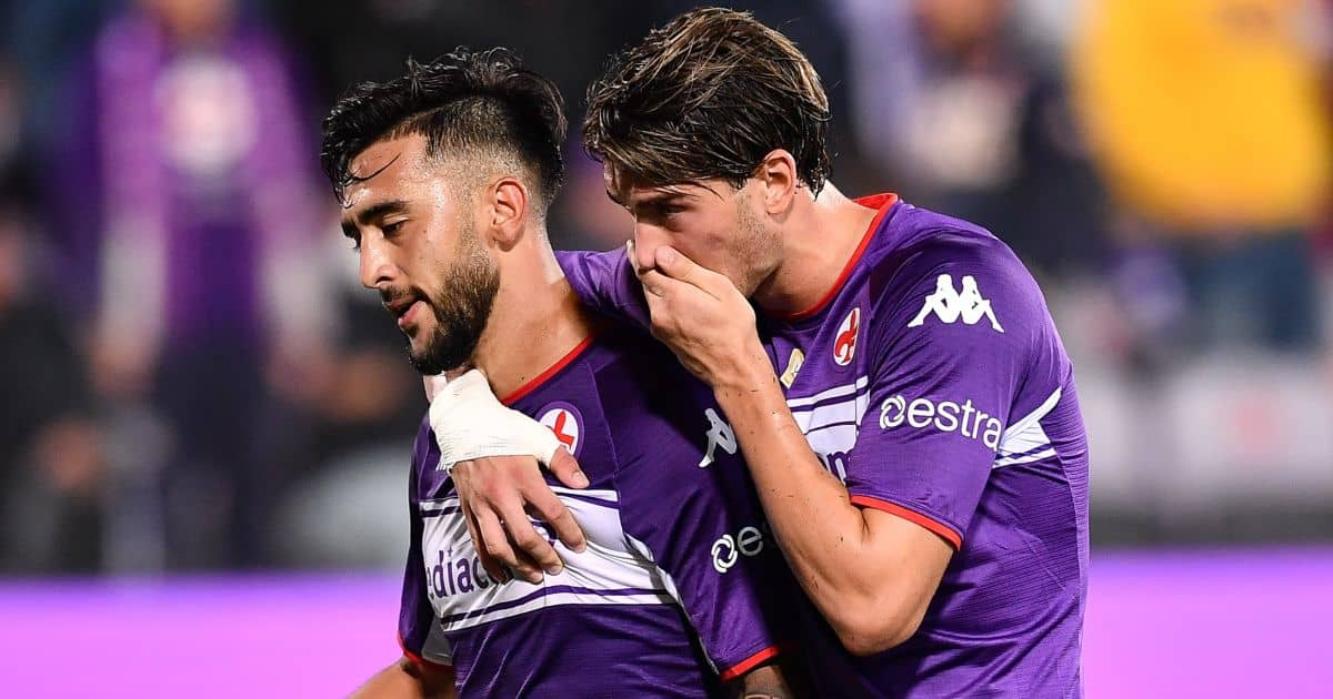 Dusan Vlahovic (Fiorentina) consoles Nicolas Gonzalez (Fiorentina) after his red card during the Italian football Serie A match ACF Fiorentina vs Inter