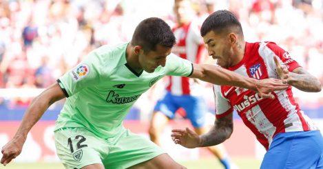 Dani Vivian defending against Angel Correa
