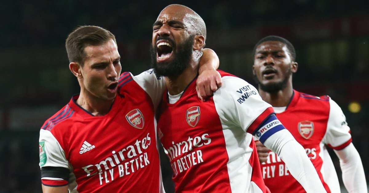 Cedric Soares and Alexandre Lacazette celebrate for Arsenal