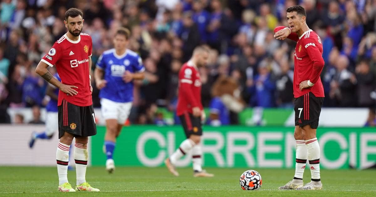 Neville picks apart Ronaldo, Fernandes issue that Man Utd 'can't accept'