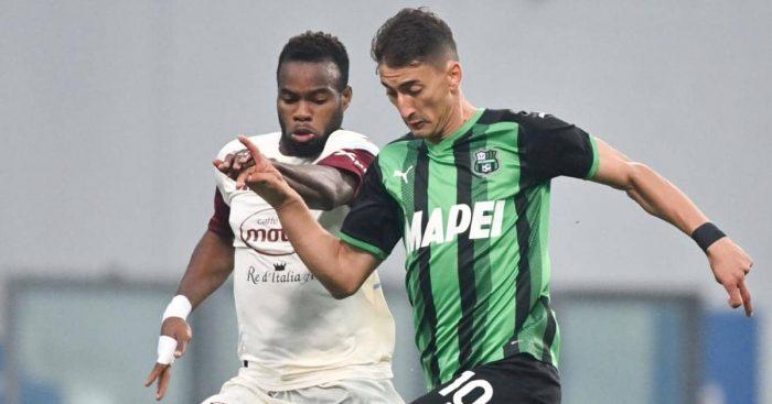 Filip Djuricic dribbling from Lassana Coulibaly