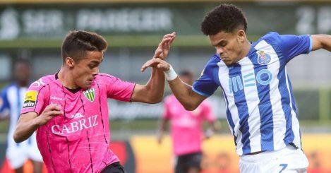 Tiago Almeida trying to stop Luis Diaz