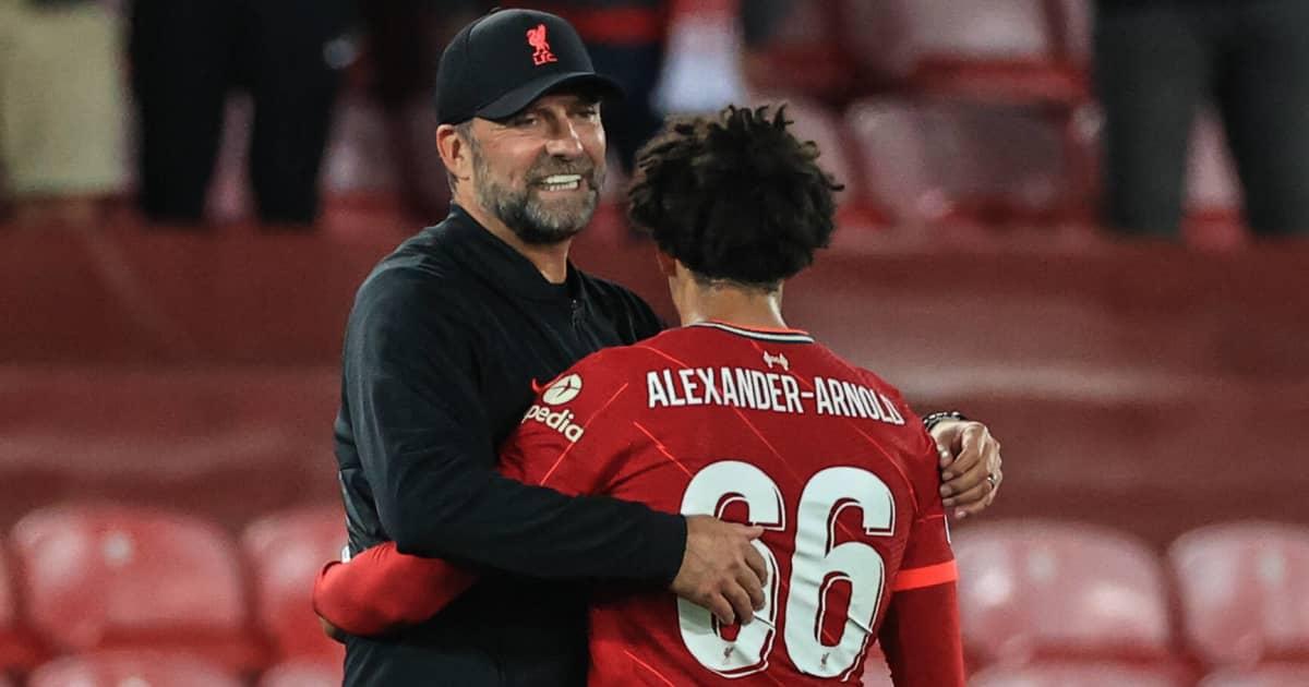 Liverpool manager Jürgen Klopp embracing Trent Alexander-Arnold in 2021